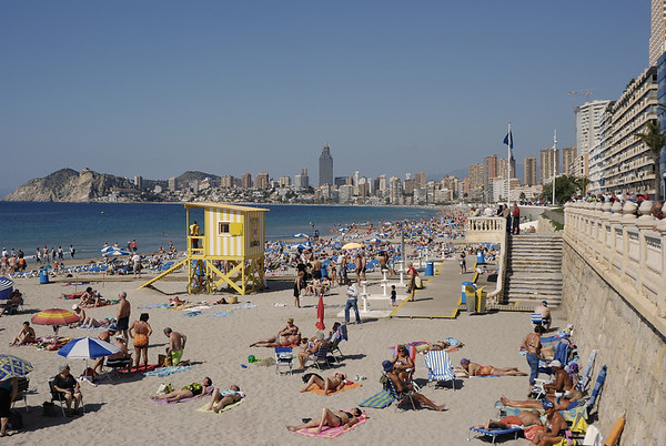 Strand in Benidorm an der Costa Blanca in Spanien